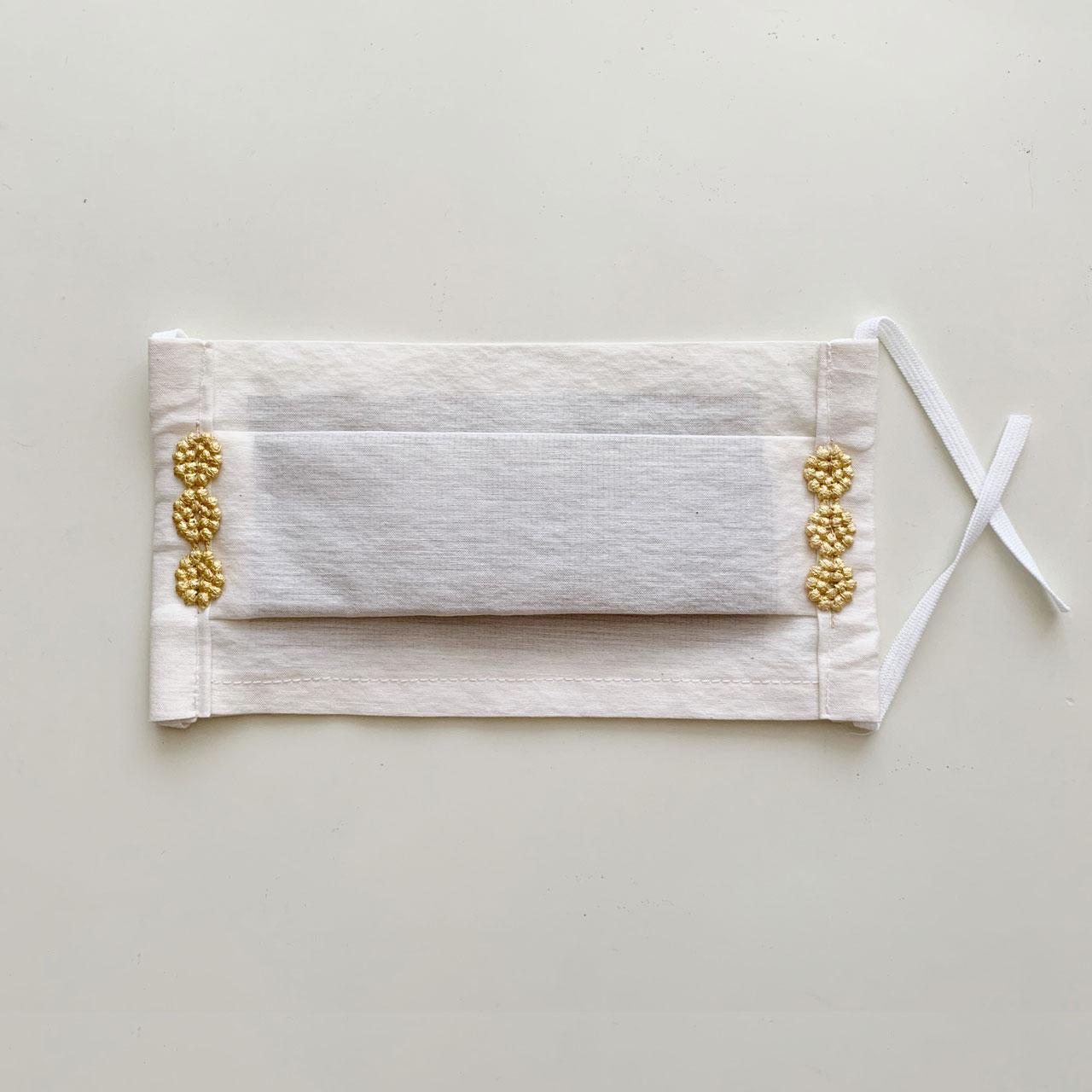 お出かけマスク、ワンタックプリーツマスク「金箔レースドットG」医化学的繊維と銀の糸を使った抗菌防臭