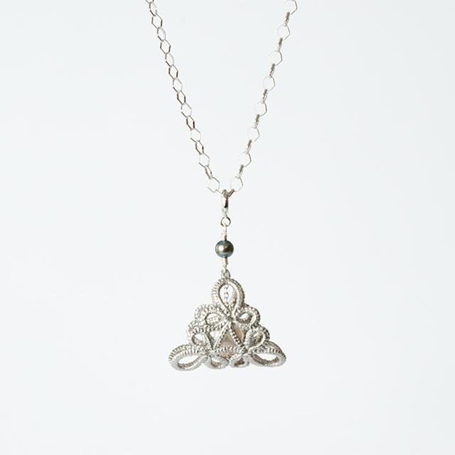 プラチナ箔|フラジオレット(あこや真珠)ネックレス